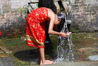035 - A bath in Patan