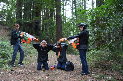 Nerf Gun Battle 12-31-17