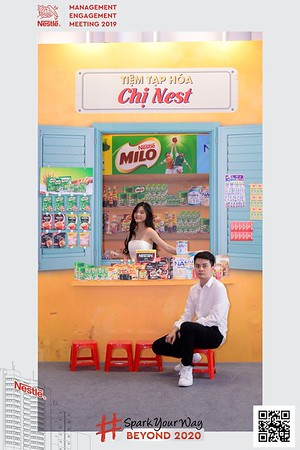 Nestle-Spark-Your-Way-instant-print-photo-booth-Chup-anh-in-hinh-lay-lien-WefieBox-Photobooth-Vietnam-Booth-02-119