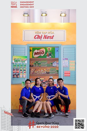 Nestle-Spark-Your-Way-instant-print-photo-booth-Chup-anh-in-hinh-lay-lien-WefieBox-Photobooth-Vietnam-Booth-02-093