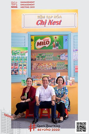 Nestle-Spark-Your-Way-instant-print-photo-booth-Chup-anh-in-hinh-lay-lien-WefieBox-Photobooth-Vietnam-Booth-02-109