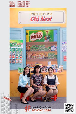 Nestle-Spark-Your-Way-instant-print-photo-booth-Chup-anh-in-hinh-lay-lien-WefieBox-Photobooth-Vietnam-Booth-02-108