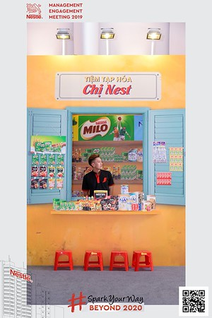 Nestle-Spark-Your-Way-instant-print-photo-booth-Chup-anh-in-hinh-lay-lien-WefieBox-Photobooth-Vietnam-Booth-02-094
