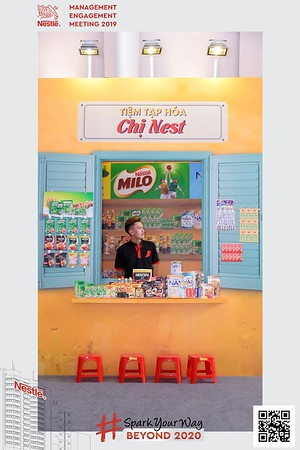 Nestle-Spark-Your-Way-instant-print-photo-booth-Chup-anh-in-hinh-lay-lien-WefieBox-Photobooth-Vietnam-Booth-02-095