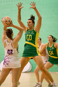 Bianca Chatfield in action during the first of three friendly matches against Loughborough Lightning in a taster of the new Fastnet 2020 style netball rules. Matches played at Loughborough University on the 7th October 2009.