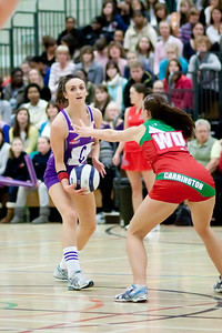 Sian Carrington (CD) blocking Katy Rose (LL) during the Cooperative Netball Superleage match between Loughborough Lightning and Celtic Dragons played at Walsall Campus on 6th February 2010