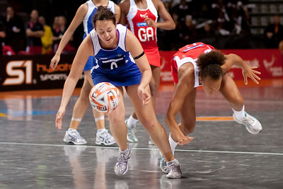Serena Guthrie of England Netball in action during game one of the World Netball Series, England Netball v Samoa. October 2009 at the MEN arena in Manchester, England.