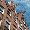 Moving hooks on Amsterdam rowhouses