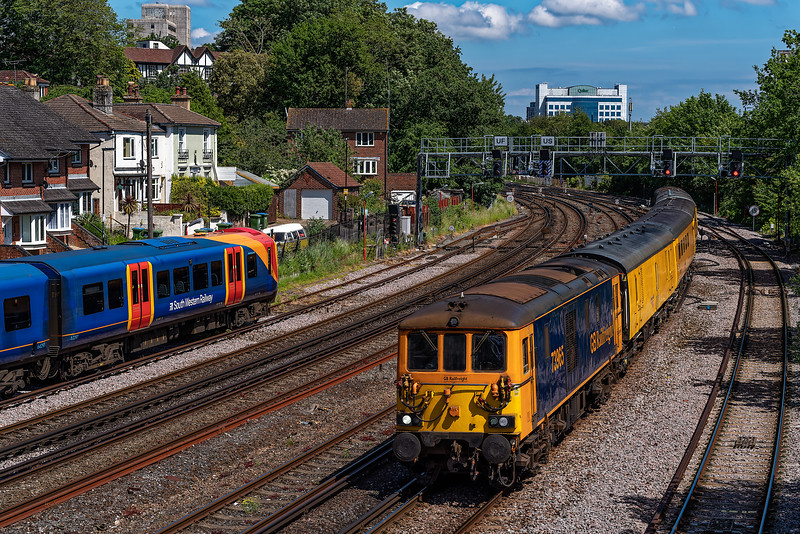 73965 top & tail with 73963 between Southampton and Millbrook with 1Q52, <br /> the 10:37 Eastleigh Arlington - Eastleigh Arlington, on 8th June 23021.