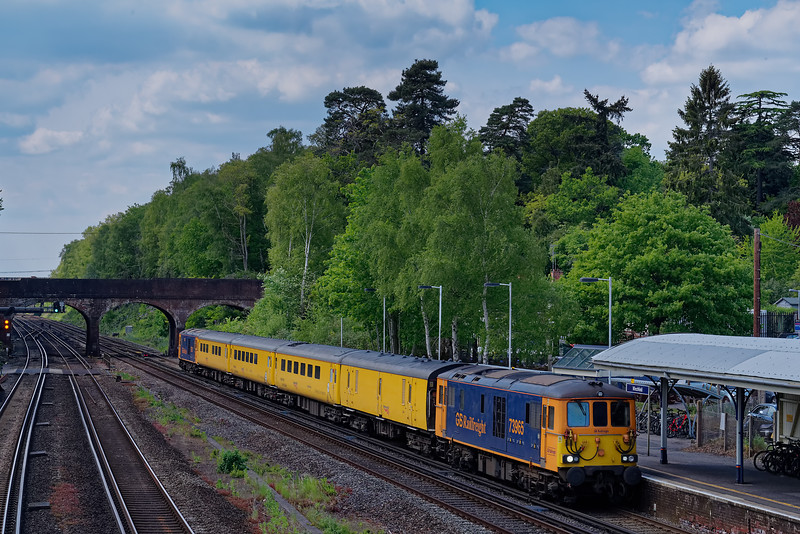 73965 top & tailed with 73963 on 1Q54, the 12:45 Eastleigh Arlington - Hither Green. <br /> 16th May 2019.