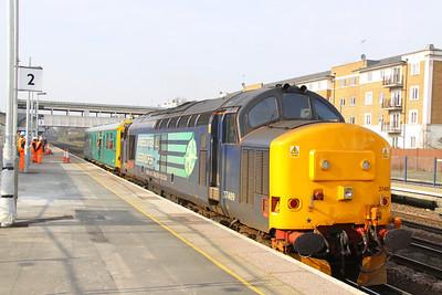 37409 arrives into Kensington Olympia, propelling the: 2Z01 09:00 Willesden to Willesden Circular 15/03/11