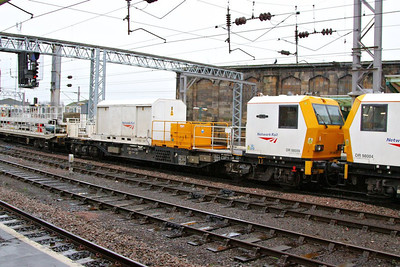 DR98009 heads north through Carlisle on the: 6Y53 09:40 Crewe TMD to Mossend  06/12/12