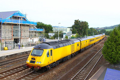 43014 heads west through Totnes on the: 1Q18 05:17 Old Oak Common to Plymouth  21/09/12