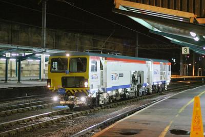 DR73804 heads north through Carlisle 23/11/11