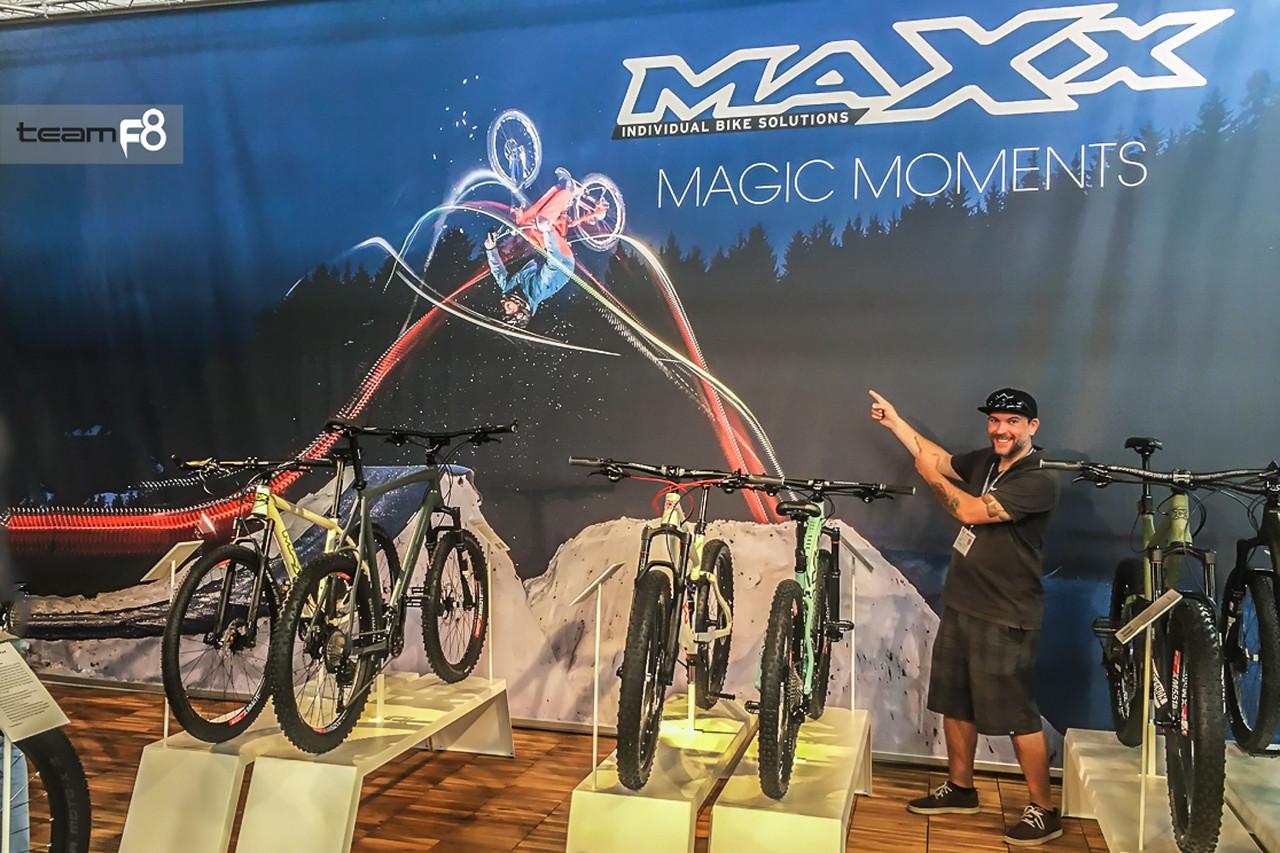 199_display_maxxbike_eurobike_photo_team_f8