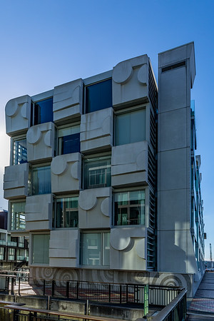 Maori-Kunst und Design in Auckland: das «Stratis Building» beim «Viaduct Harbour»