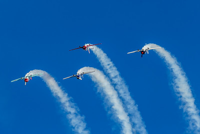 «Classic Fighters Omaka 2019»: Yak-52s Formation Aerobatic Team