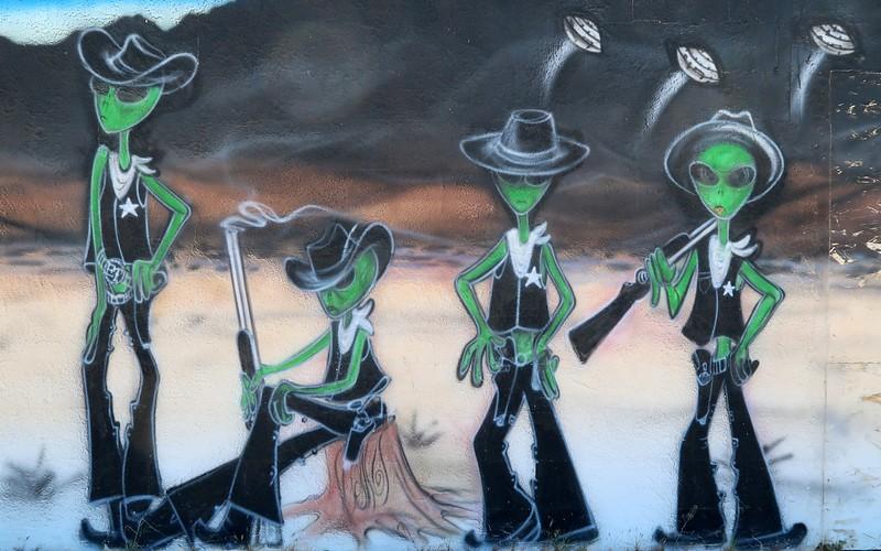 Alien murals along the ET Highway