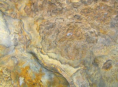 Pescio, bladed calcite
