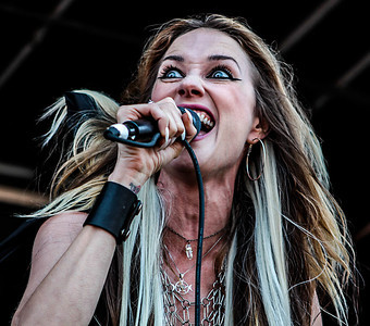 Huntress @ Mayhem Festival