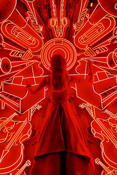 NYC Bergdorf celebrates NY Phioharmonic