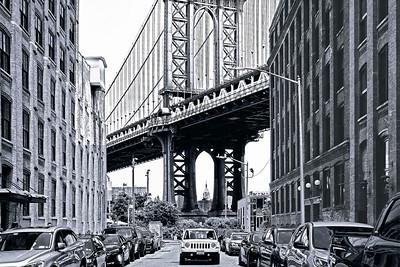 NYC-Manhattan Bridge Iconic View