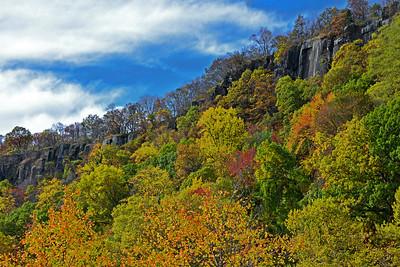 Autumn Cliffs NJ Palisades