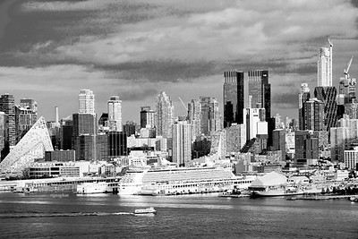 NYC- Hudson River Cityscape in Black and White