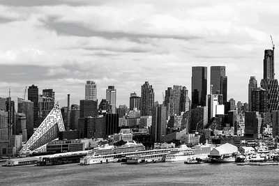 New York Waterfront in Black and White