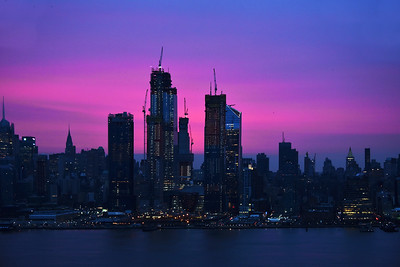 NYC Magenta Skies at Dawn