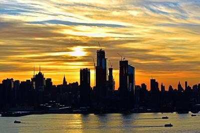 NYC Sunstreaked Golden Sky