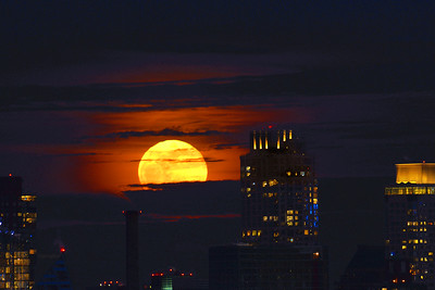Full Blue Moon NYC