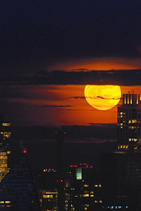 NYC Blue Moon Rising