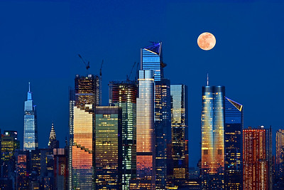 April Pink Moon ovr Hudson Yards NYC