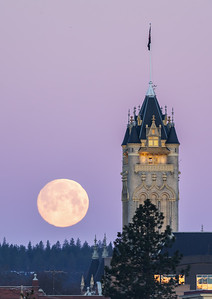 Spokane Courthouse Super Moon