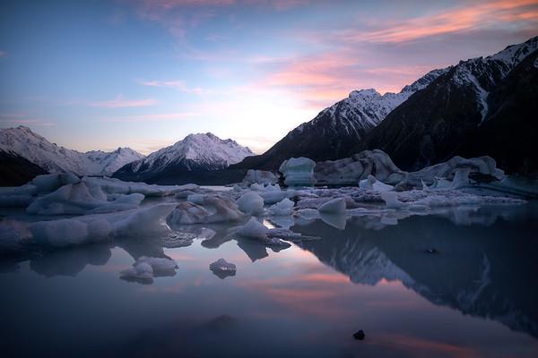 Melting Morning || Tasman Lake
