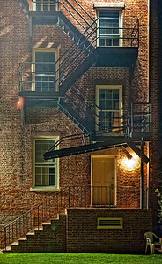 NewBern_BackStepsOldHouse_842012