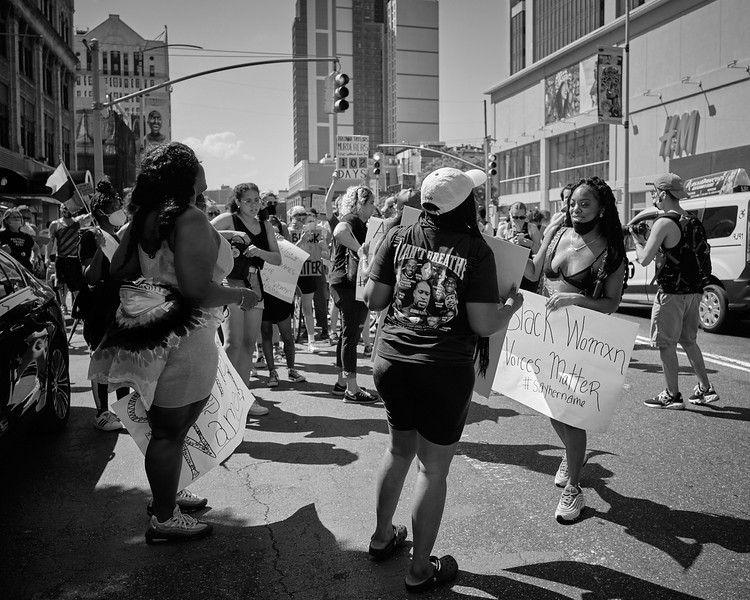 BLM support black women  NYC 6 2020_DSF3958