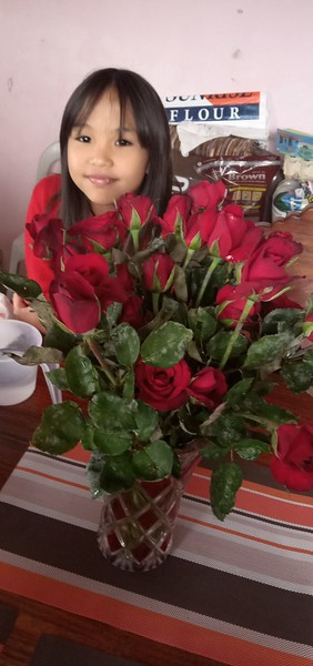 Fresh Cut Roses For Tita