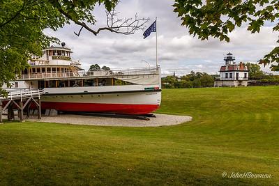 Shelburne Museum - Steamboat Ticonderoga & Colchester Reef Light