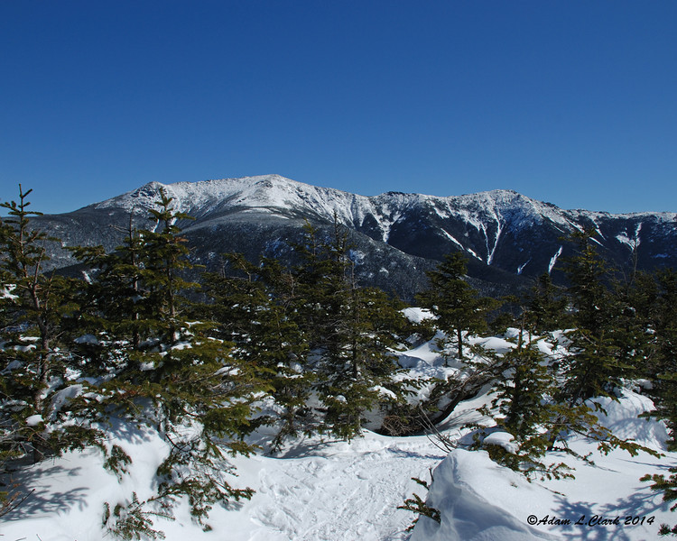 From the start of the side path to a view point, I get my first views over to Franconia Ridge