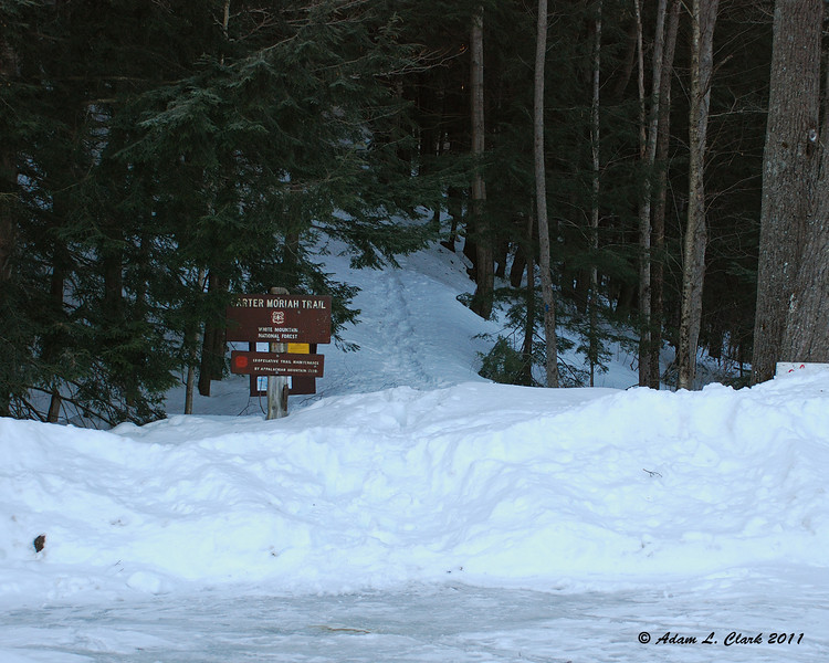 The trailhead at the small parking lot on Bangor St.