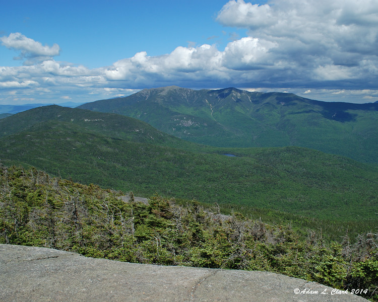 Cannon Mtn and Franconia Ridge with Lonesome Lake below