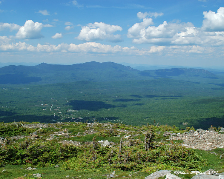 View north to the Bigelow Range from Sugarloaf Mountain