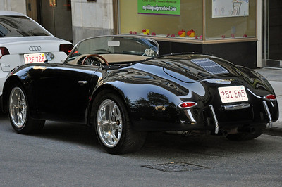We spotted this Porsche walking by the Old City Hall which is now Ruth Chris Steakhouse in Boston, Ma.