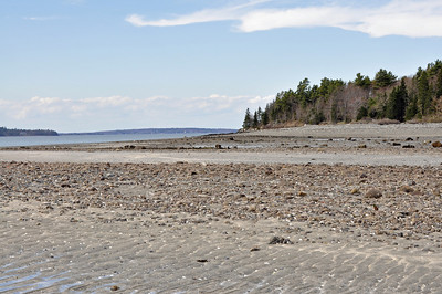 Low tide between Bar Harbor and Bar Island.  Pretty cool walking on the ocean floor.