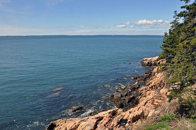 Rocky cliff looking out from the Bass Harbor Head Lighthouse