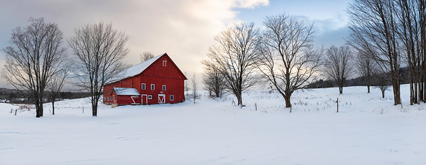 Country scene on a snowy day in Stowe Vermont