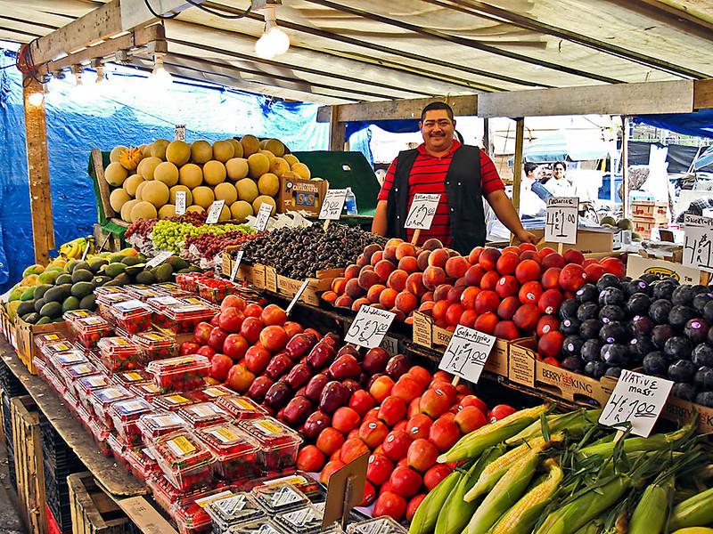 Farmers Mrkt Vendor.jpg