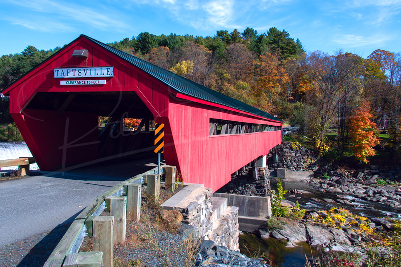 Taftsville Covered Bridge View